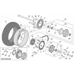 20 - Ecrou axe de roue